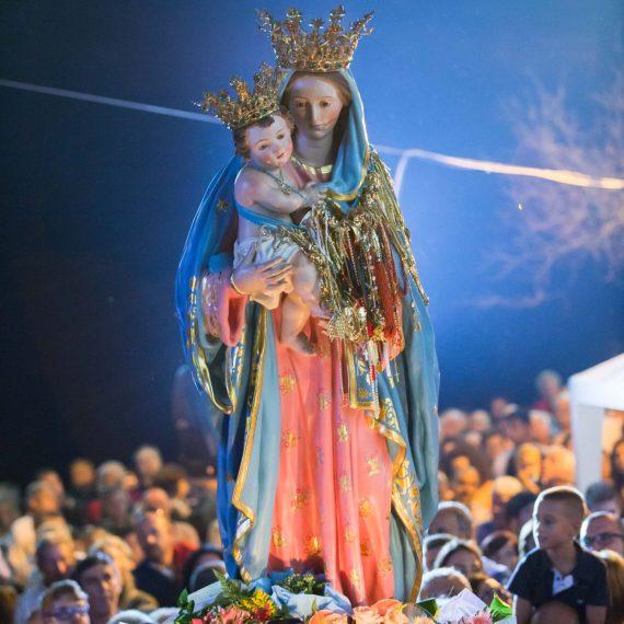 La venerata Statua della Madonna del Colle